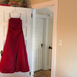 David's bridal prom/formal gown size 14 juniors